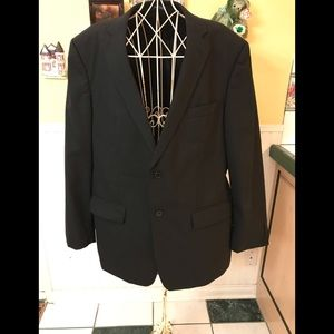 Beautiful John Varvatos Men's wool suit black 42R